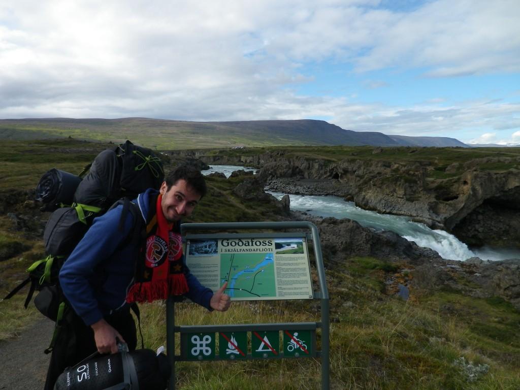 cascade Goðafoss Islande