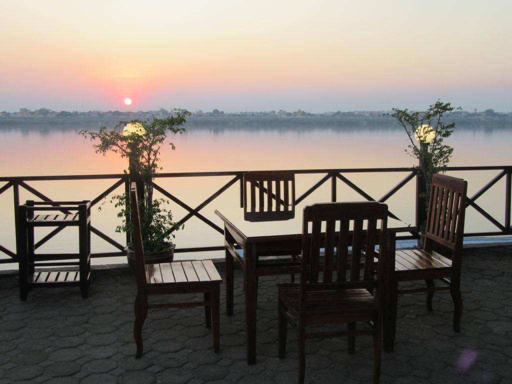 Thakhek sur les bords du Mékong au Laos