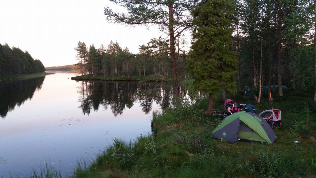 bivouac sauvage en pleine nature en Finlande