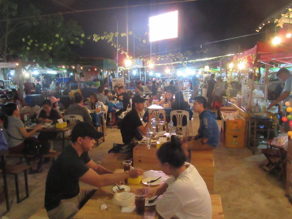 Laos Vientiane marché de nuit