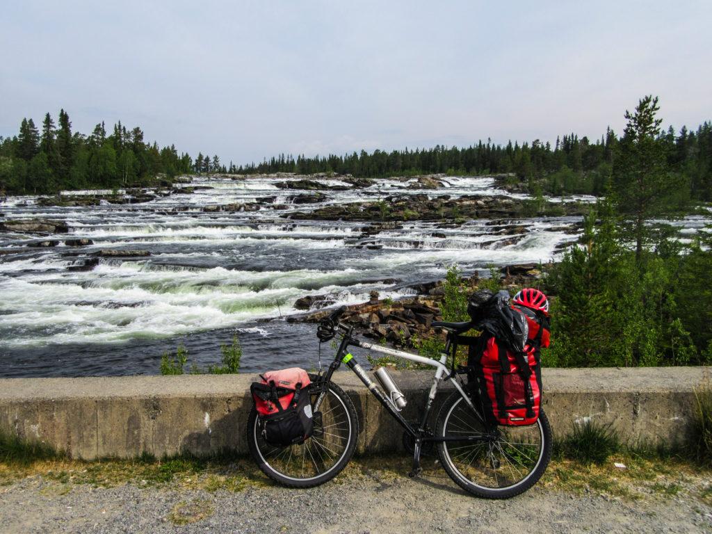 Voyage à vélo en Scandinavie. Conférence médiathèque Carquefou