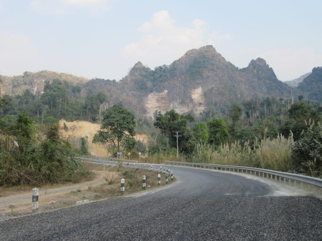 Boucle de Thakhek à moto au Laos paysages