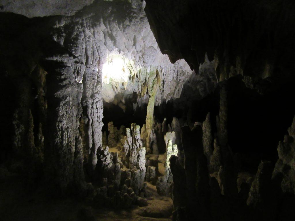 La grotte de Konglor au laos
