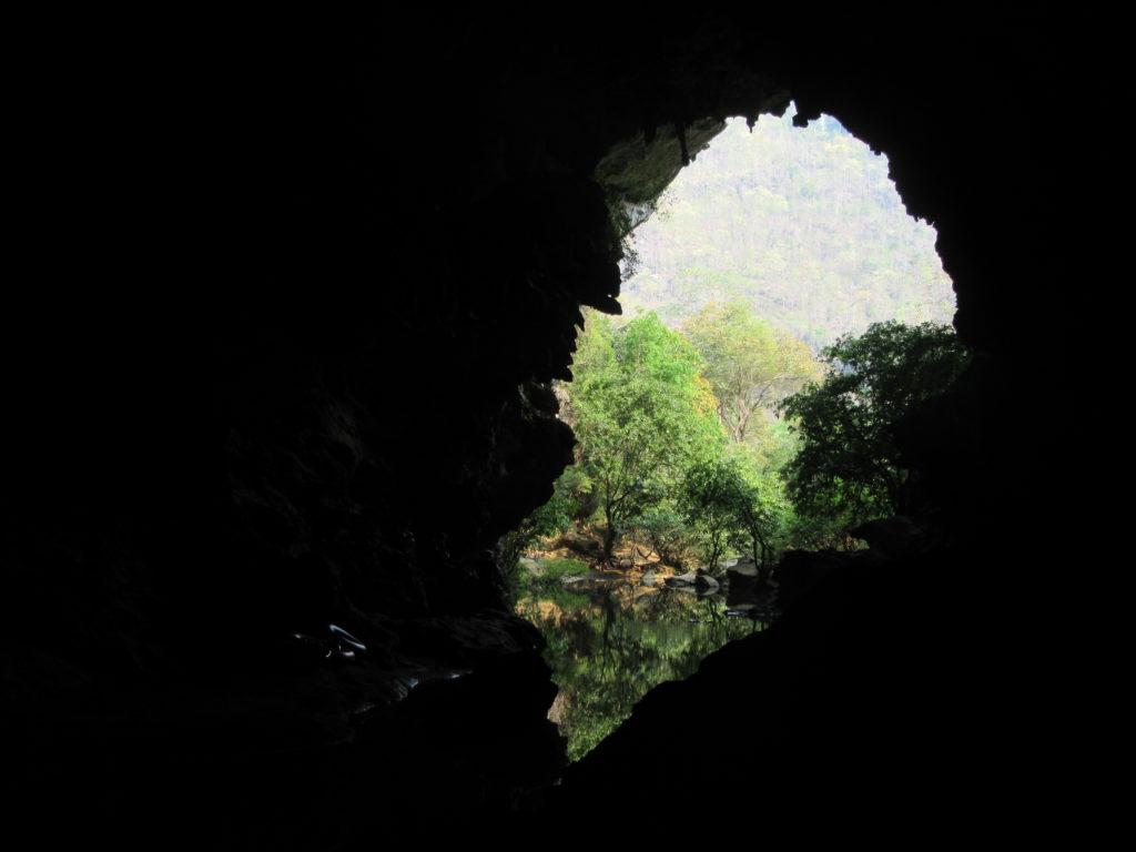 La boucle de Thakhek à moto au Laos paysages sauvages