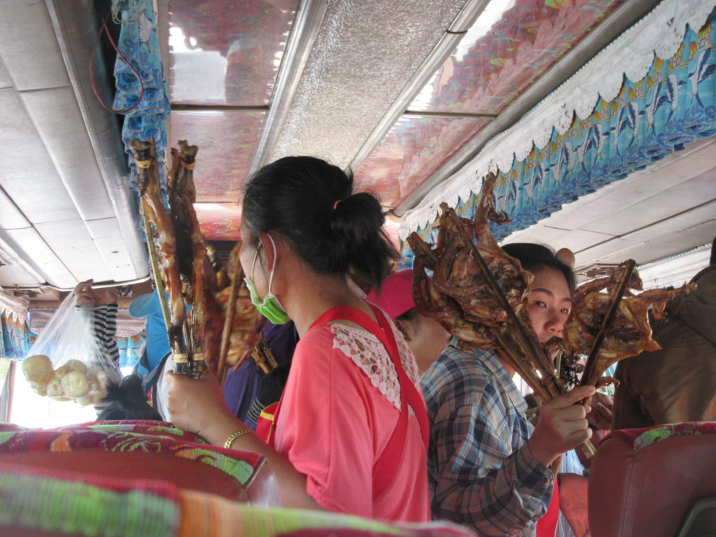 Transport en bus au laos