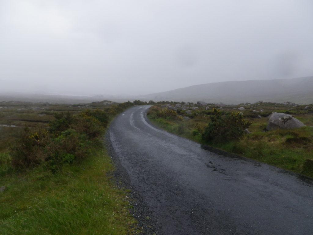 Forte pluie, épais brouillard et vent violent : des conditions dantesques pour cette étape. A noter que j'ai pris la photo à un moment d'accalmie