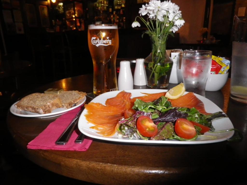 Excellent repas à base de saumon fumé