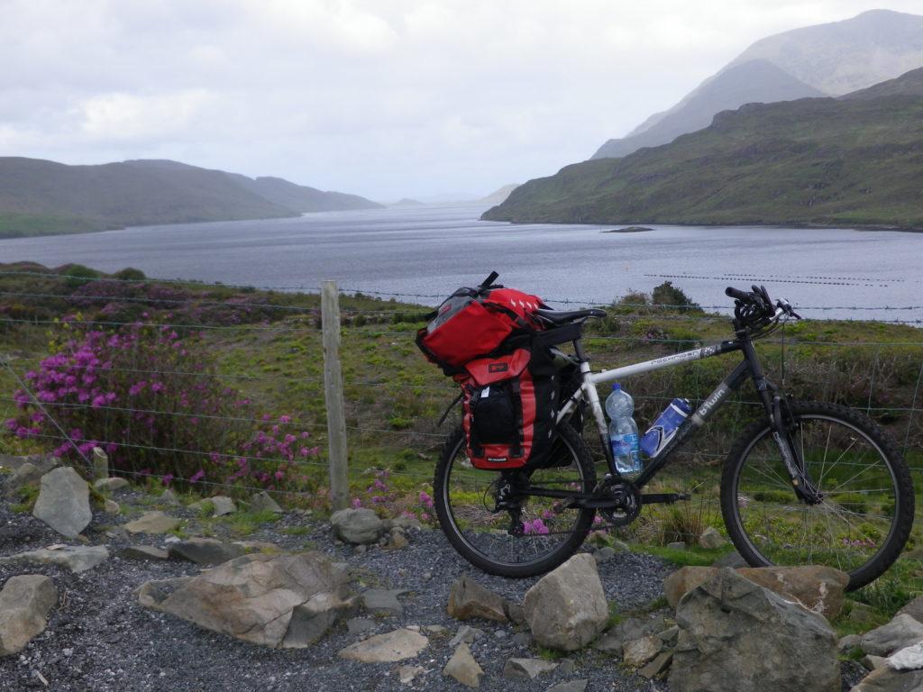 Pour atteindre le Mayo : passage oblige par le fjord de Killary, le plus long fjord d'Irlande