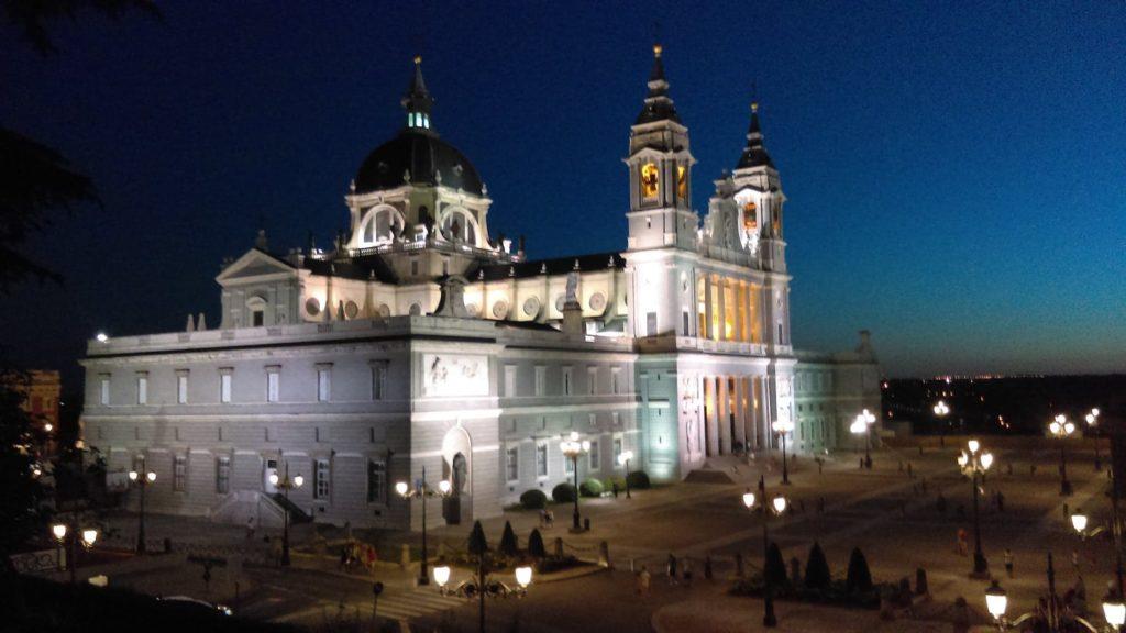 La cathédrale Santa María la Real de la Almudena