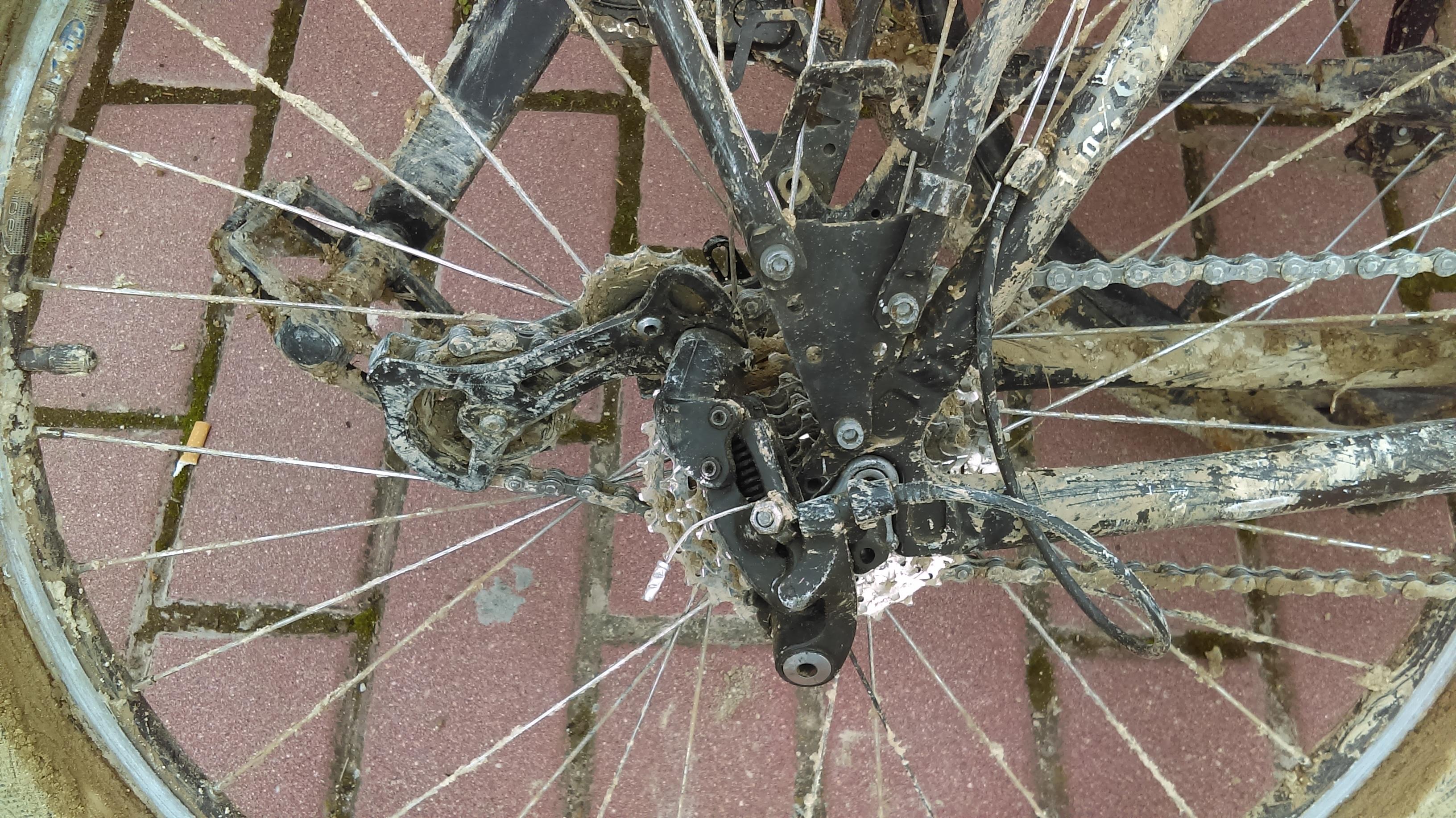 Casse dérailleur voyage à vélo en Espagne