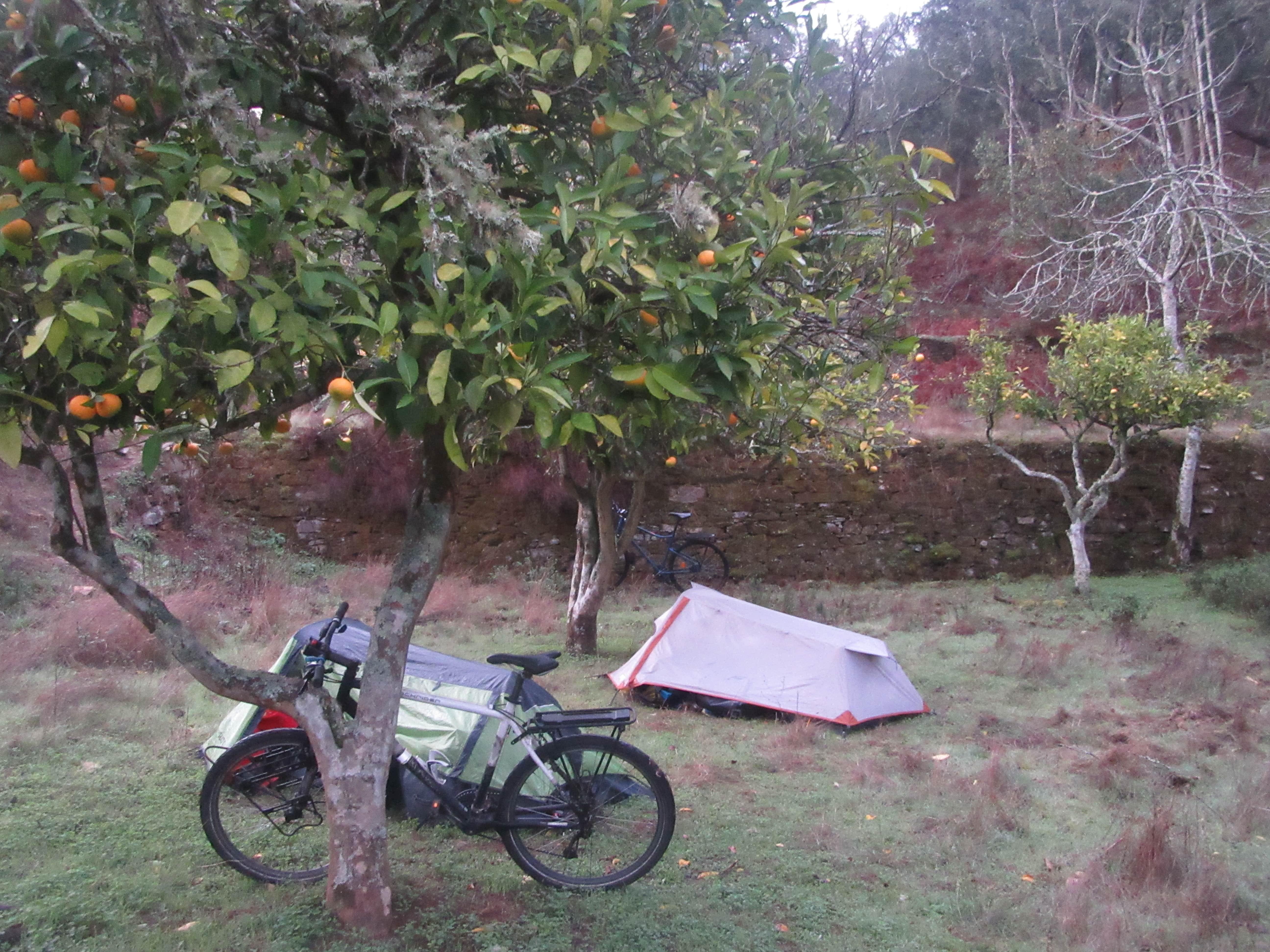 bivouac voyage a vélo au Portugal
