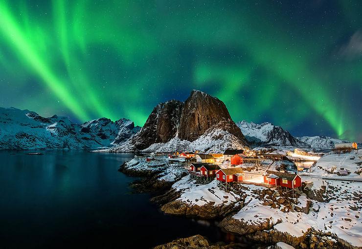 Aurore boreale en Norvège sur les iles Lofoten