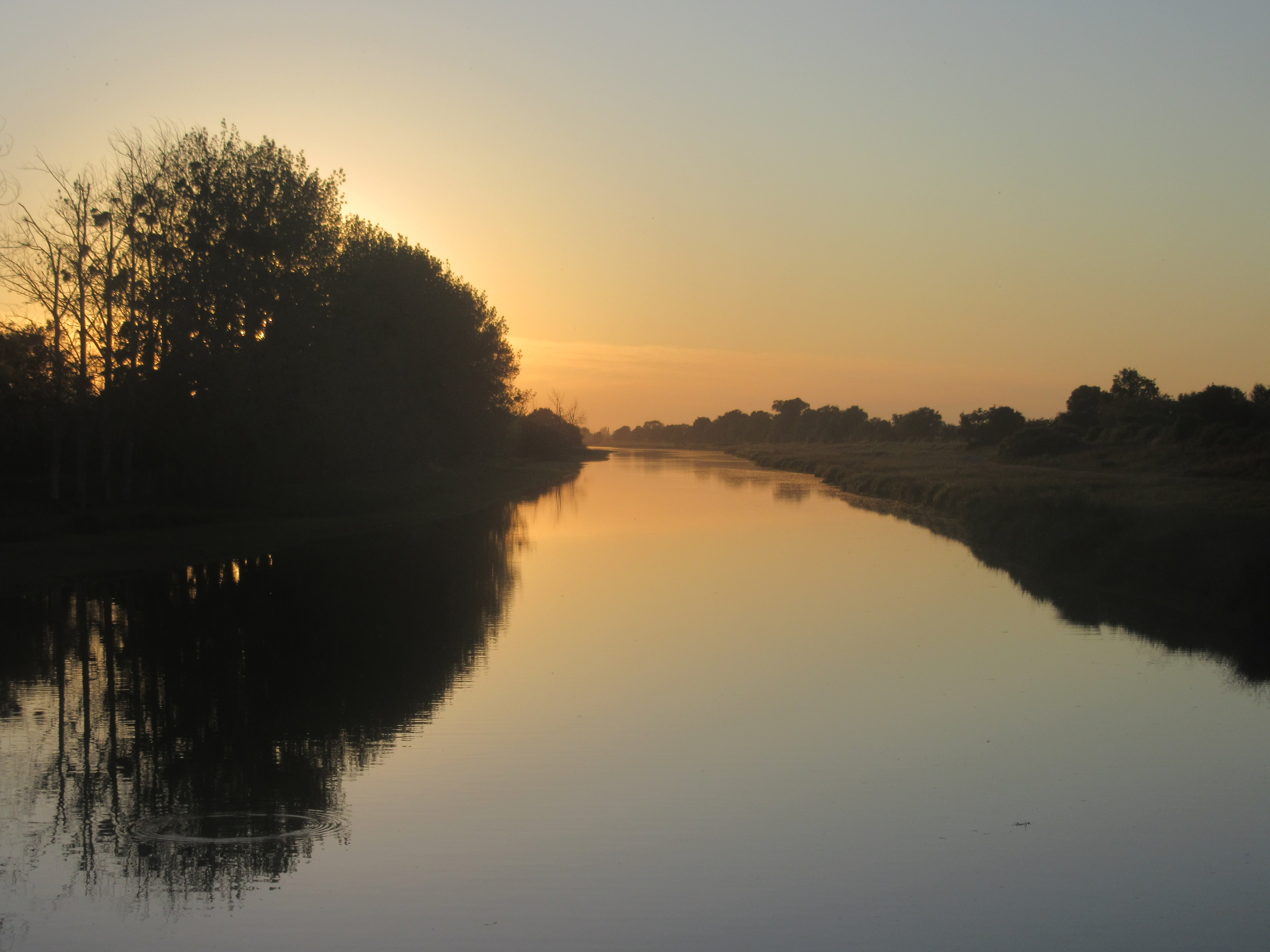 Coucher de soleil sur la canal de la martinière