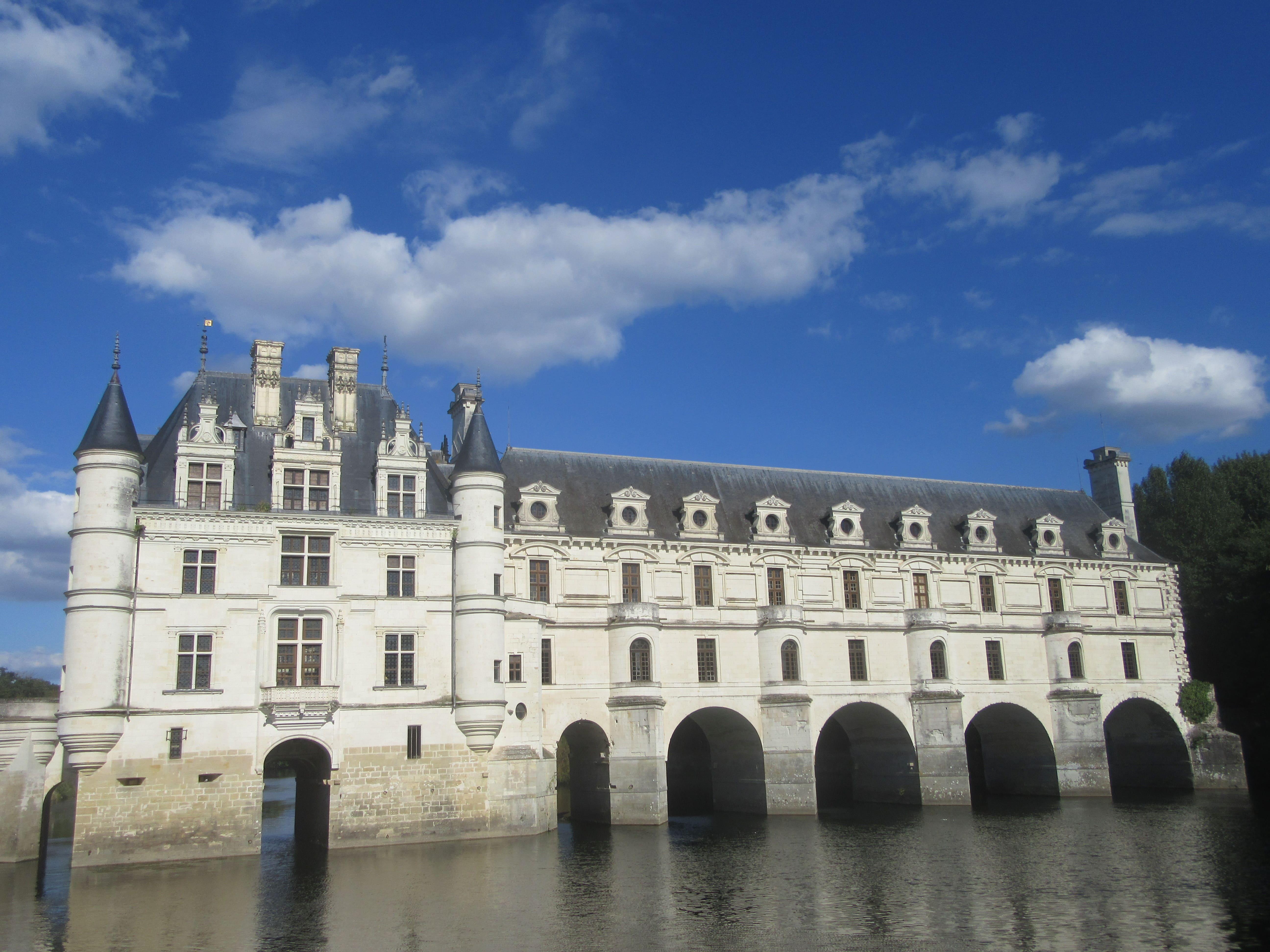 Le chateau de Chenonceaux voyage à vélo Loire