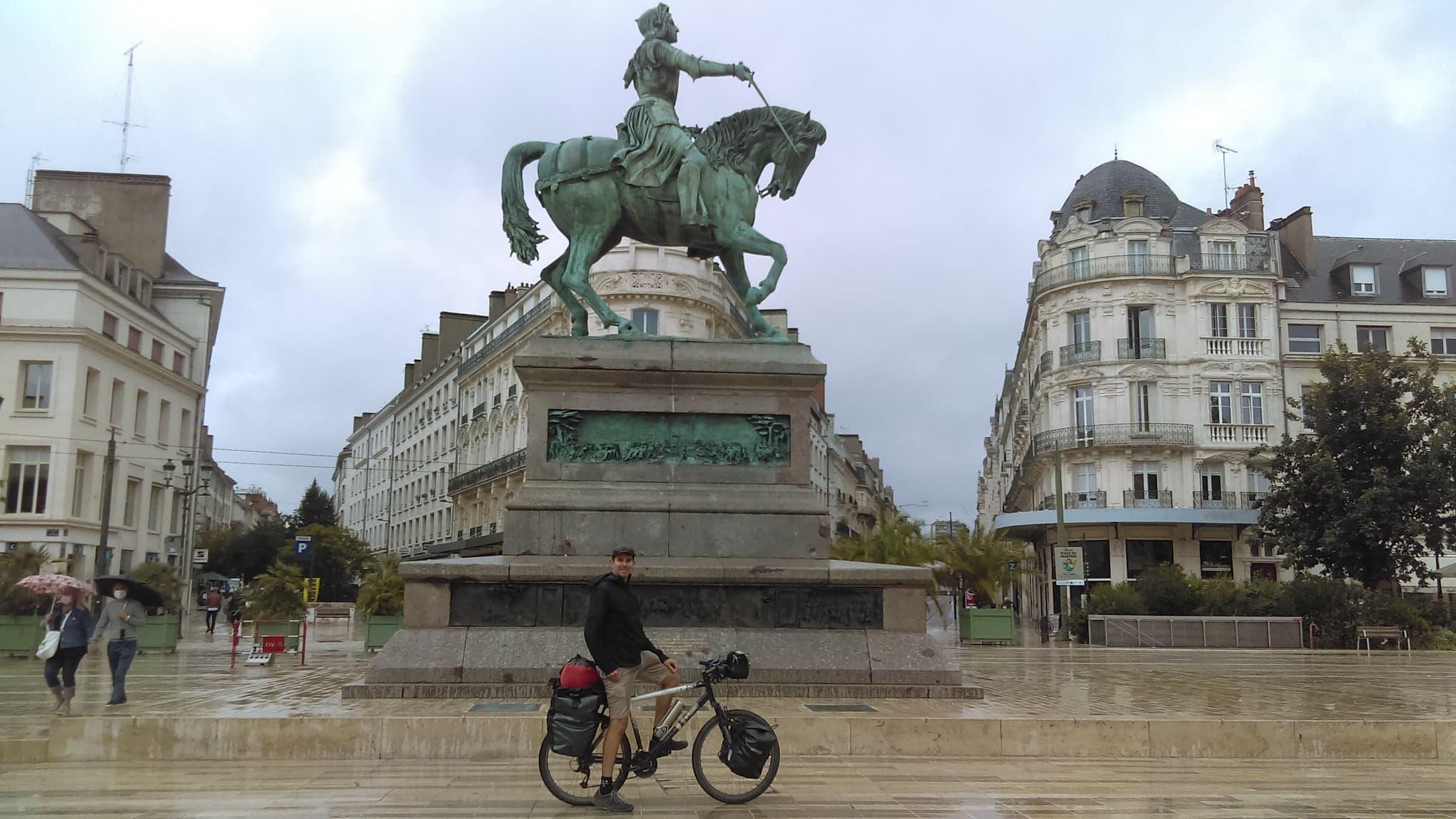 Place Jeanne d'Arc à Orléans